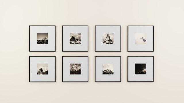 Smyk væggene med billedkunst